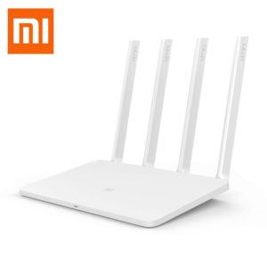 Производитель: Xiaomi Наименование: Mi WiFi Router 3 Процессор: MT7620A Память (ПЗУ): 128Мб SLC Nand Flash Память: 128Мб DDR2 2.4G WiFi: 2X2 (IEEE поддержки протокола 802.11N до 300 Мбит/с) 5G WiFi: 2X2 (IEEE поддержки протокола 802.11ac до 867 Мбит/с) Антенна: 4 внешних мультиэлементных, всенаправленных антенны с высоким коэффициентом усиления (для 2,4G - 5dBi, для 5G второго поколения - 6dBi) Cистема охлаждения: Естественное охлаждение Интерфейс: USB 2.0 (выход DC: 5V / 1A). 2 порта 10/100 LAN (Auto MDI / MDIX). 10/100 WAN порт (Auto MDI / MDIX). Красный / синий / желтый трехцветный светодиодный индикатор. Кнопка системы восстановления заводских настроек. Интерфейс ввода питания Радиоканал: 2.4GHz: 1,2,3,4,5,6,7,8,9,10,11,12,13 5GHz: 149,153,157,161,165 5GHz DFS:36,40,44,48,52,56,60,64 Модуляция: 11b:DSSS: DBPSK(1Mbps),DQPSK(2Mbps),CCK(5.5/11Mbps) 11a/g: OFDM:BPSK(6/9Mbps),QPSK(12/18Mbps),16QAM(24/36Mbps),64QAM(48/54Mbps) 11n:MIMO-OFDM:BPSK,QPSK,16QAM,64QAM. 11ac:MIMO-OFDM:BPSK,QQPSK,16QAM,64QAM,256QAM. Чувствительность приемника: 11Mbps:≤-90dBm,54 Mbps:≤-72dBm, HT20 QMCS7:≤-69dBm, QHT40 MCS7:≤-66dBm, VHT20 MCS8:≤-65dBm, Q VHT40 MCS9:≤-60dBm, QVHT80 MCS9:≤-58 dBm ОС: Mi WiFi ROM роутера поддерживает программное обеспечение Web, Android, iOS,Windows, OS X программное обеспечение для управления системами маршрутизатор Руководство: Ориентированный на опытного пользователя/разработчика предоставляется доступ root, а также toolchain и SDK Беспроводная защита: Кодирование WPA-PSK / WPA2-PSK, контроль беспроводного доступа (черный список), скрытый SSID Приложения: Поддержка Web, Windows, Android, MacOS, iOS Стандарты протокола: IEEE 802.11a/b/g/n/ac,IEEE 802.3/3u Рабочие условия: Рабочая температура - 0-40 ℃. Влажность - 10% -90% RH (без конденсата). Температура хранения -40-70 ℃. Влажность при хранении - 5% -90% RH (без конденсата). Потребляемая мощность - 12 Вт. Размеры: 195x131х23,5 мм Вес: 220 г.